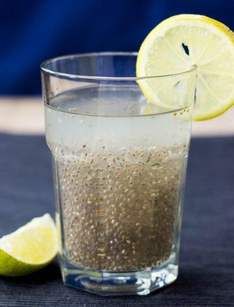 Powerful-Chia-Seeds-Natural-Energy-Drink-Chia-Fresca-Iskiate-3